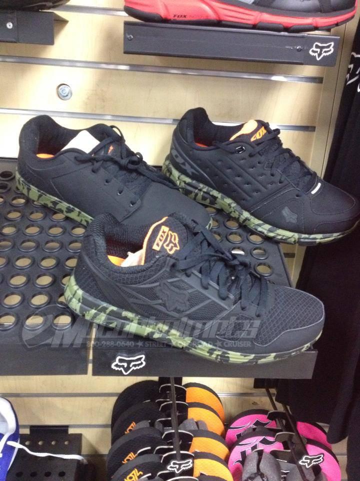 Fox Camo Track shoes